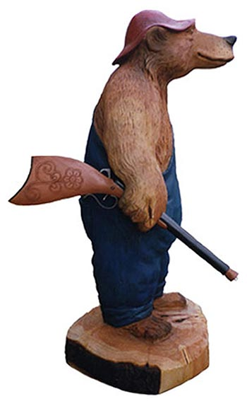 Attractive Hunting Bear Carving - Carved Wooden Bears VG39